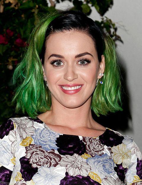 <p>Hasta 'Beetlejuice' se sorprendería de este cambio de Katy Perry.</p>