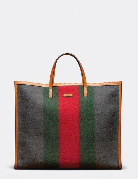 <p>Tricolor a rayas, de <strong>Gucci</strong>.</p>
