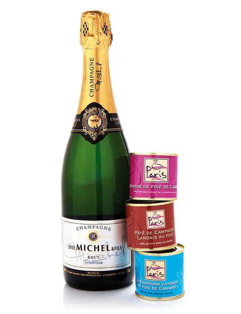 <p>'Pack' de champán y 'foie' (39 €).</p>