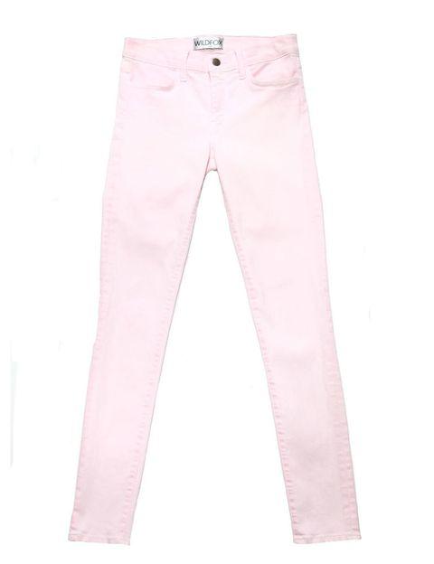 <p>Para las largas tardes veraniegas, pitillo en tono rosa palo con tejido muy fresco.</p>