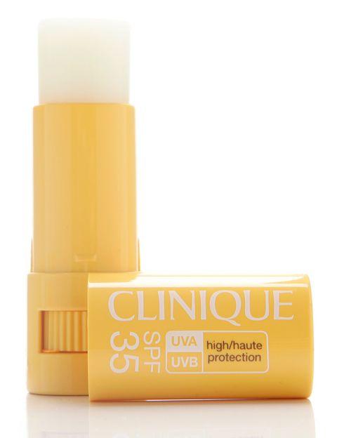 <p>'Targeted Protection Stick' (21,50 €), de <strong>Clinique</strong>. Protege las zonas más sensibles del rostro: contorno de ojos, labios, nariz...</p>