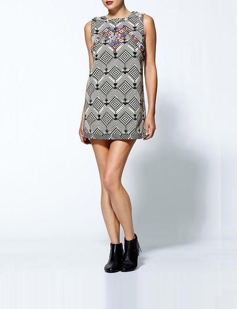 "<p>Consigue el estilismo de la socialité con este vestido de <a href=""http://piperlime.gap.com/browse/product.do?pid=365861002&tid=plaff4441350&ap=2&siteID=plafcid105"" target=""_blank""><strong>Free People</strong></a>(131 euros).</p>"
