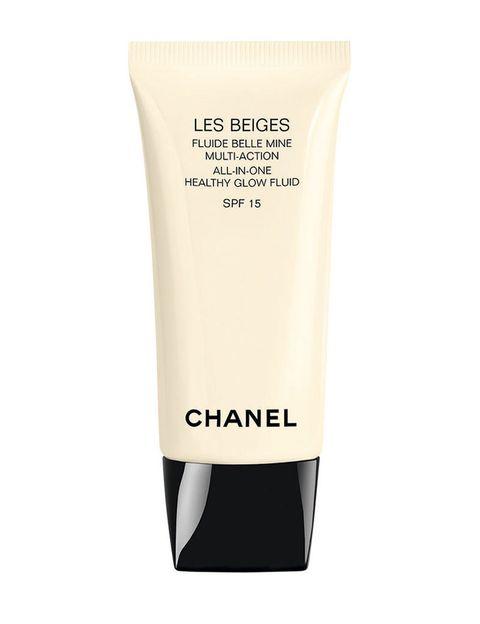 <p>'Les Beiges Fluide Belle Mine' (40 €), de <strong>Chanel</strong>. Se funde con la piel y la sublima. Con SPF 15.</p>