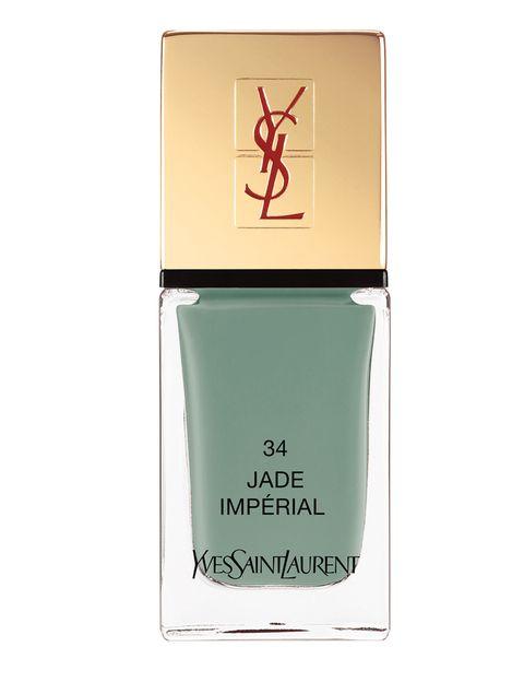 <p>'La Laque Couture' (23,50 €), de <strong>Yves Saint Laurent</strong>. En el tono 'Jade Impérial'.</p>