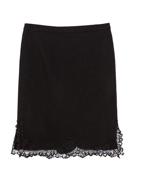 <p>Falda con encaje, de <strong>Zara</strong> (49,95 €).</p>