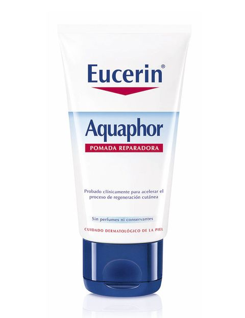 <p>'Aquaphor Pomada Reparadora' (9 €), de <strong>Eucerin</strong>.</p>