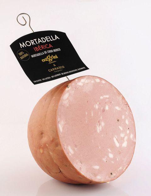 """<p>En Italia no han podido resistirse a la materia prima española y han creado la primera mortadela de cerdo ibérico. ¿El resultado? Negrini &amp; Carrasco-Guijuelo (<a href=""""http://negrini.es"""" target=""""_blank"""">negrini.es</a>, 35 €/kg).</p>"""