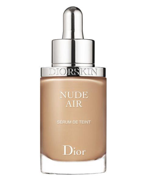 <p>'Nude Air Serum de Teint', base de maquillaje ultra ligera. De <strong>Dior</strong>.</p>