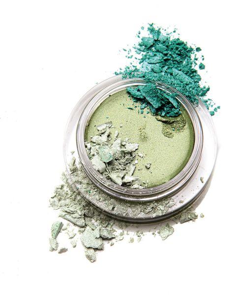 <p>'Shimmering Eye cream' (30,75 €), sombra en crema de <strong>Shiseido</strong>.</p>