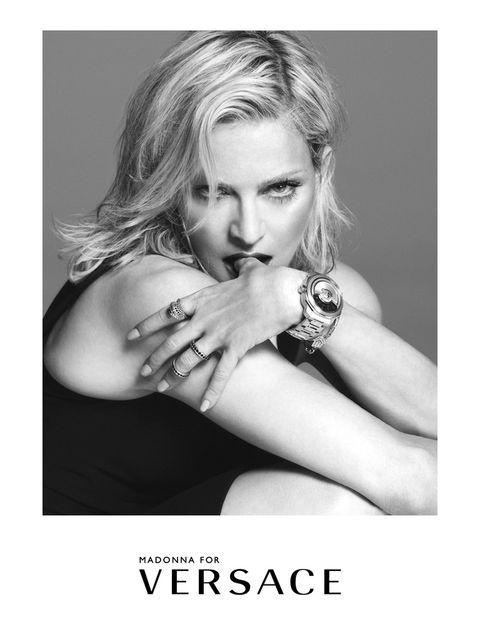 <p>&quot&#x3B;Siempre es emocionante ir vestida de pies a cabeza de Versace, y vivir la imaginación y pasión viva de Donatella en esta colección&quot&#x3B;, ha comentado <strong>Madonna.</strong></p>