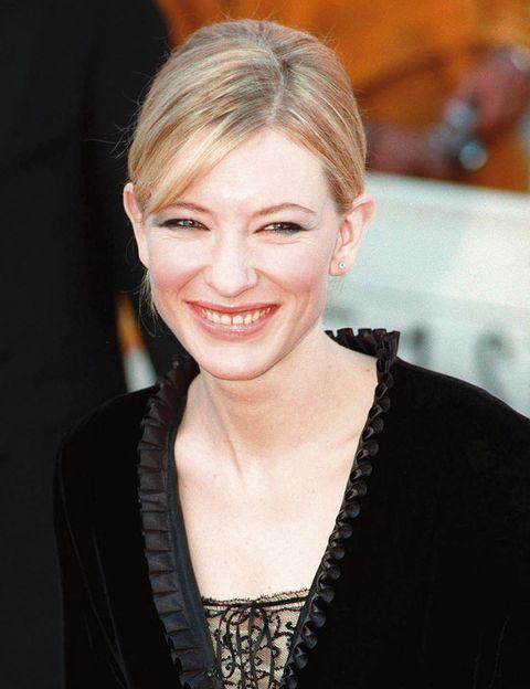 <p>En el año 1999 y con 30 años, Cate Blanchett lucía tan espectacular como en esta imagen. Natural y con apenas maquillaje. </p>