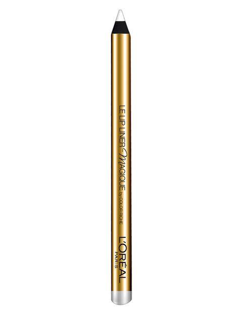 """<p><a href=""""http://www.loreal-paris.es/maquillaje/labios/color-riche-exclusive/barra-labios-rojos-puros.aspx?utm_source=elle&utm_medium=display&utm_content=skin&utm_campaign=rojos_puros"""" target=""""_blank""""><strong>Lip Liner Magique by Color Riche </strong></a>(9,95€) es un perfilador transparente que define y alisa el contorno de los labios antes de aplicar el rojo mate.</p><p>Si te has salido, vuelve a pasarlo para borrar lo sobrante y definir la forma de tus labios.</p>"""