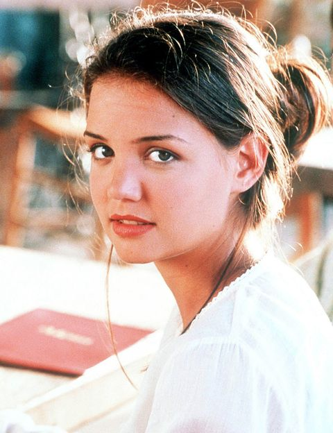<p>En 1998 Katie llegaba a nuestras vidas a través del televisor con la serie 'Dawson crece'. El último episodio se emitió el 14 de mayo de 2003.</p><p></p>