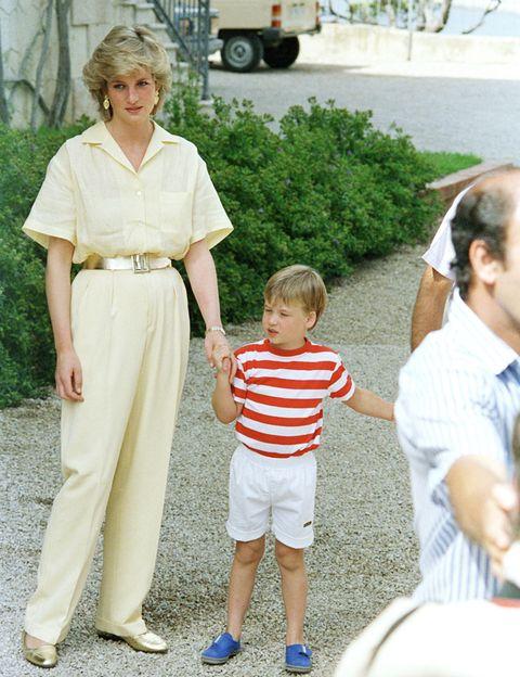 <p>Este tipo de monos ha sido protagonista este verano, y Diana de Gales lo lució en 1987.</p>