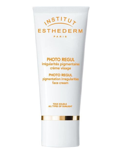 <p>'Photo Regul (64 €), de <strong>Esthederm</strong>. Protección solar antimanchas. </p>