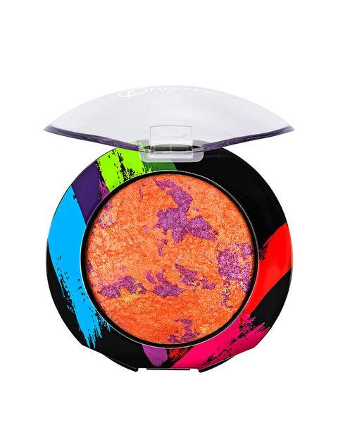 <p>Puede aplicarse sobre el párpado mojado o seco. Los colores se mezclan creando un efecto deslumbrante. De <strong>Flormar </strong>(7,95€).</p>