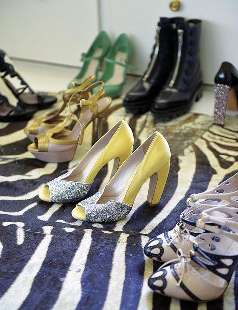 <p>Los tacones, de firmas como Miu Miu, Gucci o Hoss Intropia, son parte fundamental del vestidor de Laura Ponte.</p>