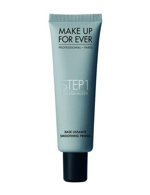 <p>'Step 1 Skin Equalizer Smoothing Primer', con ácido hialurónico, disimula los poros y las líneas de expresión. De <strong>Make up For Ever</strong> (31 €).</p>