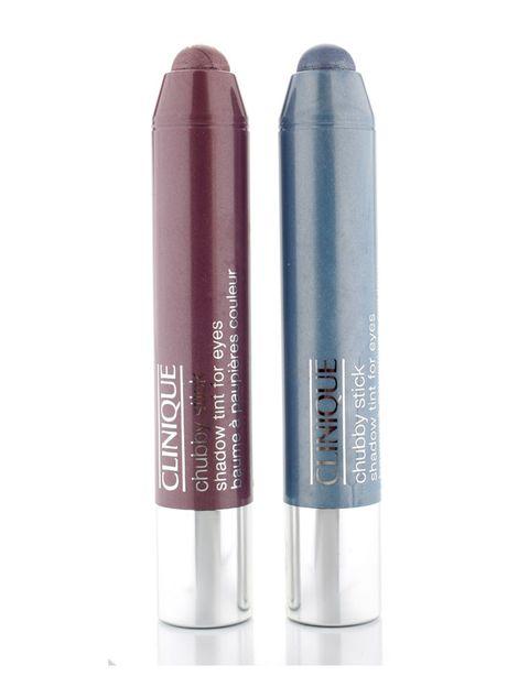<p>'Chubby Stick Shadow Tint For Eyes', de <strong>Clinique</strong>. Los párpados también se visten con crayón con estas sombras cremosas y muy duraderas (20 €).</p>