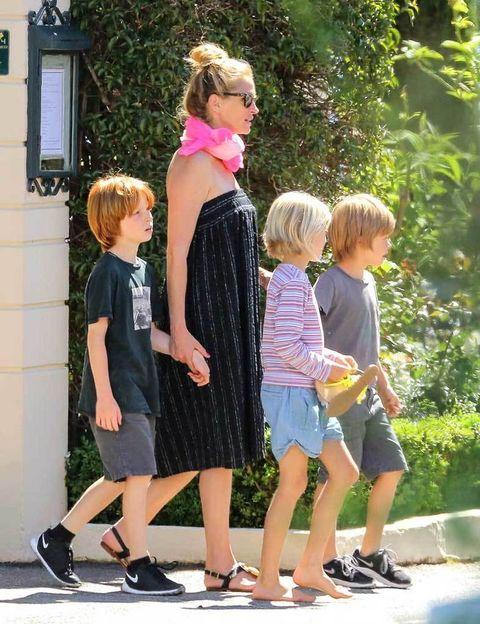 <p>Tras tener a sus mellizos Phinnaeus Walter y Hazel Patricia, a los 40 años la actriz fue mamá de nuevo, dando a luz al pequeño Henry Daniel.</p>