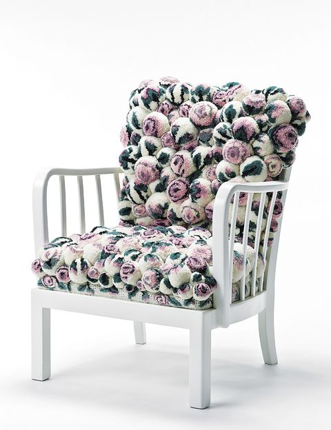 <p>260 pompones integran el mod. <i>Pastel roses,</i> de MYK, 5.900 €. </p>