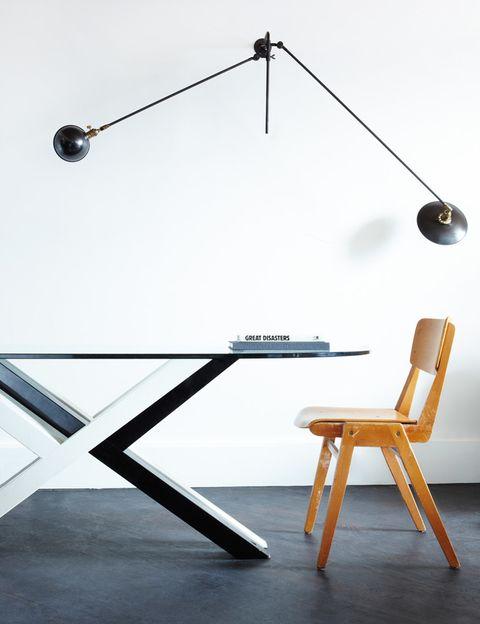 <p>El interiorismo de Universal Design Studio (Ed Barber y Jay Osgerby), con piezas vintage y diseños propios, crea una identidad única. </p>
