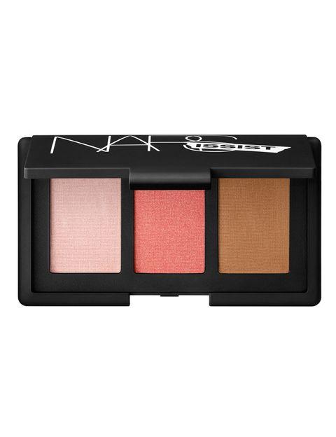 <p>'NARSissist Cheek Palette', con tres tonos de colorete, de <strong>Nars</strong> (39 €).</p><p>&nbsp&#x3B;</p>