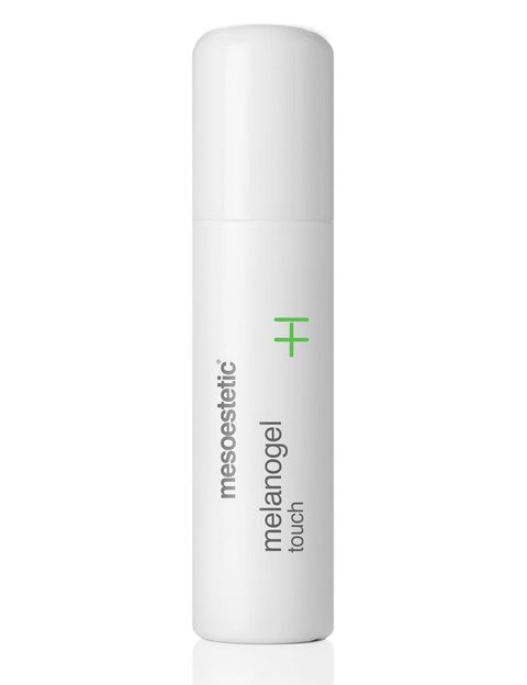 <p>'Melanogel Touch', (49 €), 'roll-on' especial para las manchas localizadas. De <strong>Mesoestetic</strong>.</p>