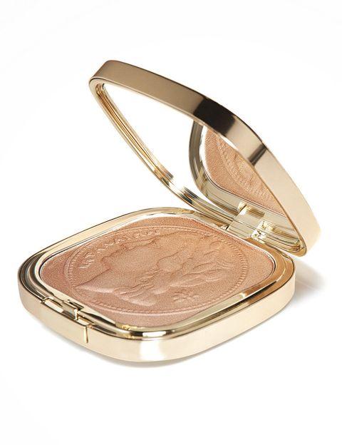 <p>'The Bronzer Collector's Edition' (60 €), polvos bronceadores de <strong>Dolce &amp; Gabbana</strong>.</p>
