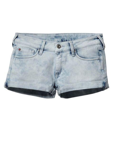 <p>'Shorts' vaqueros con doble bajo, de <strong>Pepe Jeans</strong> (60 €).</p>