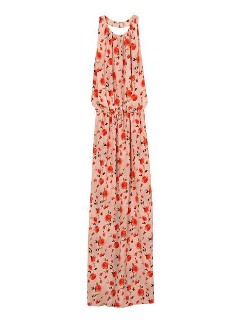<p>Delicado vestido de flores <strong>de Dolores Promesas Heaven, 389 €.</strong></p>