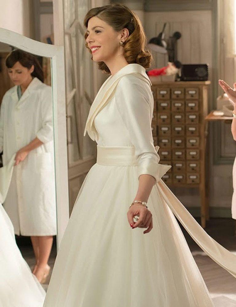 vestido de novia blanco y azul rovert