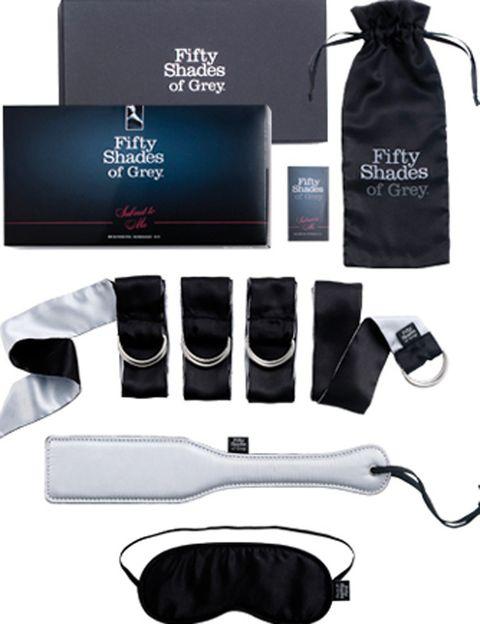 """<p>Aquí tienes los once juguetes de soft bondage de la colección oficial <i>Fifty Shades of Grey</i>: <strong>antifaces, cintas para inmovilizar, pala de spank…</strong> Un regalo ideal para disfrutar con tu pareja de unos """"Reyes Hot"""".</p>"""