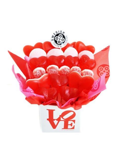 """<p>Una forma muy dulce de decirle te quiero será regalarle uno de los corazones o cajas de regalo que la firma sueca de golosinas saludables Ooomuombo te propone para San Valentín. Desde 9 €. <a href=""""http://www.oomuombo.com"""" target=""""_blank"""">oomuombo.com</a></p><p>&nbsp;</p>"""