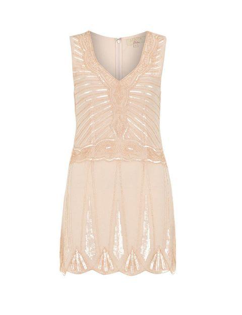 <p>Vestido de corte añios 20 con lentejuelas de&nbsp&#x3B;<strong>Dorothy Perkins, 79 €.</strong></p>