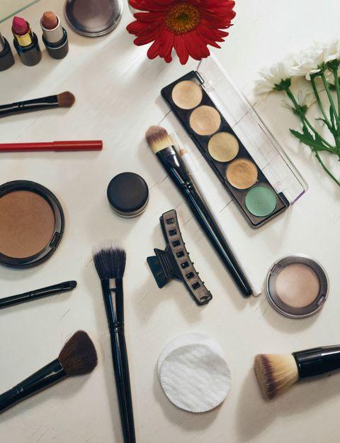 Pinceles de maquillaje: kit básico