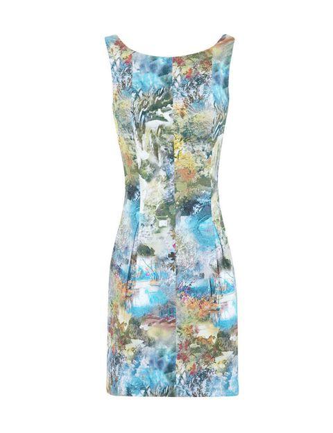<p>Vestido de flores con volumen <strong>(39,99€)</strong></p>