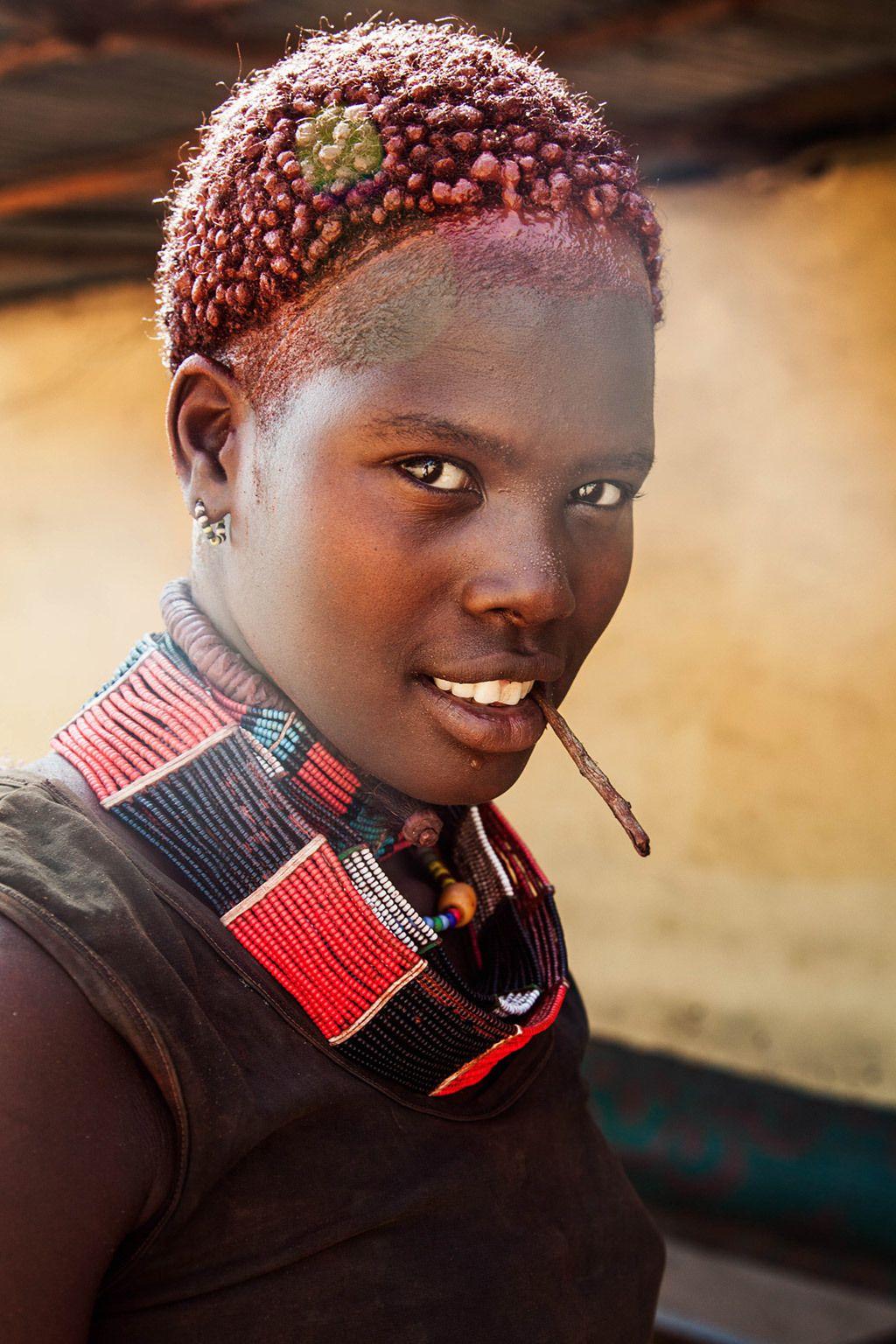 <p>Mujer de Omo Valley, en Etiopía.</p>