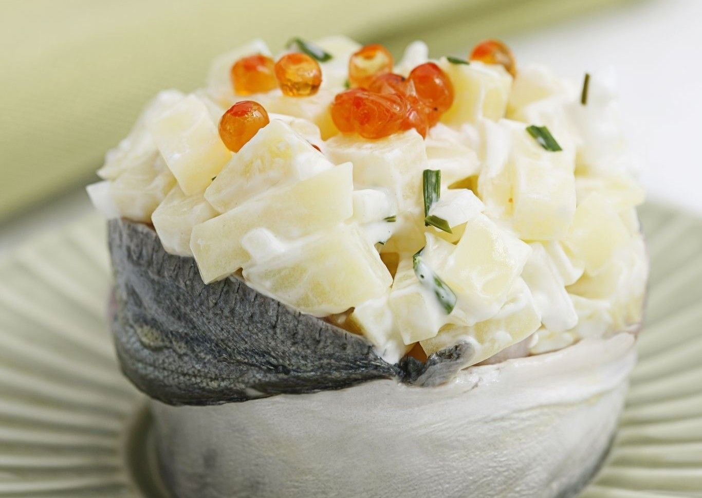 Patata Porner ensalada de chicharro patatas y huevas de salmón