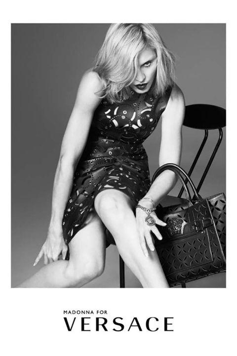 <p><strong>&nbsp;Madonna</strong> para<strong> Versace,&nbsp;</strong>fotografiada por&nbsp;<strong>Mert Alas</strong>&nbsp;y&nbsp;<strong>Marcus Piggott.</strong></p>