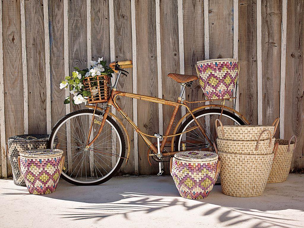 """<p>""""Viajar en bici fomenta el deporte a todos los niveles: desde el nivel más bajo como podría ser un viaje en familia por sendas y carriles sencillos, pasando por el cicloturismo que sería un nivel medio, hasta llegar al nivel más alto que serían viajes o bien de ciclismo puro y duro para entrenar o bien viajes que se realizan en su totalidad en bicicleta como podría ser el Camino de Santiago o Tracks de Ordesa"""", afirma Rut Ferrés.</p><p>Pincha aquí para ver <a href=""""http://caminodesantiago.consumer.es/"""" target=""""_blank"""">las rutas en bici del Camino de Santiago</a> y aquí para más información sobre <a href=""""http://www.tracksdeordesa.com/"""" target=""""_blank"""">Ordesa</a>.</p>"""