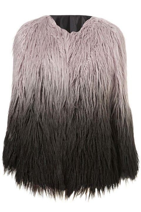 <p>Abrigo de pelo sintético en degradé, de <strong>Zaful</strong> (44 €).</p>