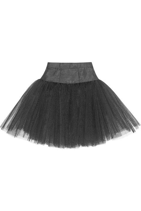 <p>La magia y el misticismo del Cisne Negro, en tu hogar. Falda de bailarina de tul de<strong> Ballet Beautiful.</strong></p>