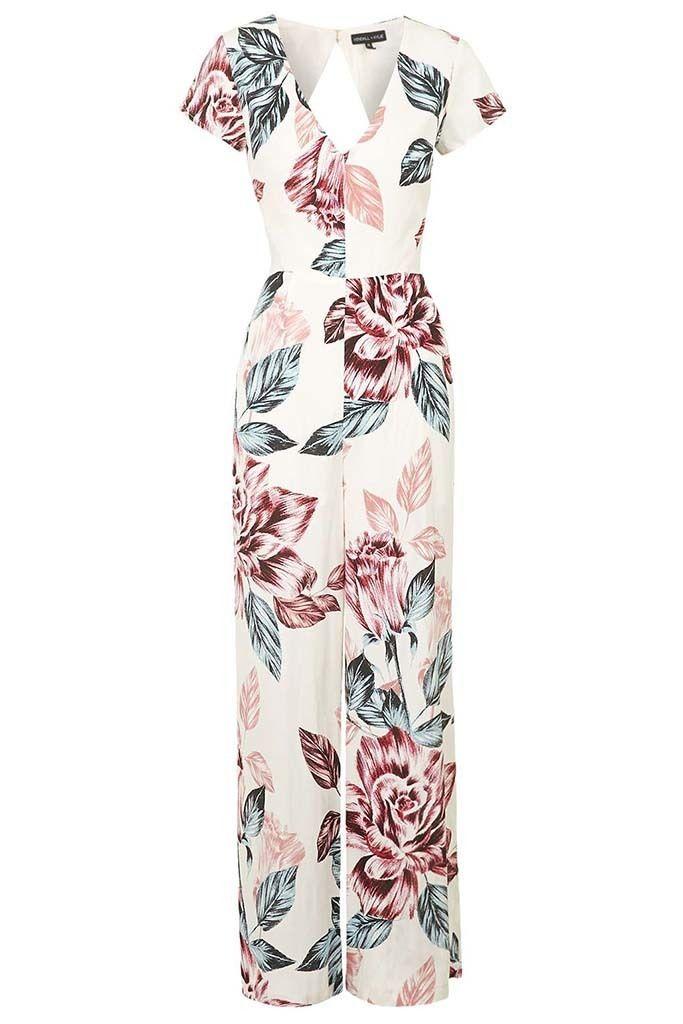 <p>Una de las piezas de la colección de las hemanas Jenner para Topshop. Mono floral (76 €)</p>