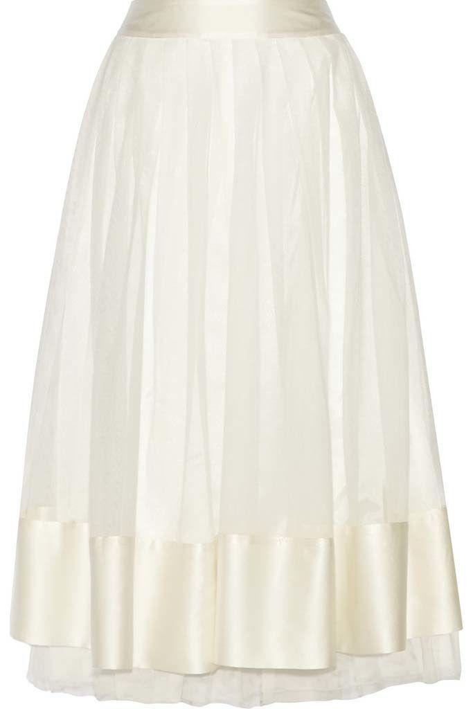 <p>Falda midi de lino con cinturilla y remates de raso blanco, de<strong>Madame Aime.</strong></p>