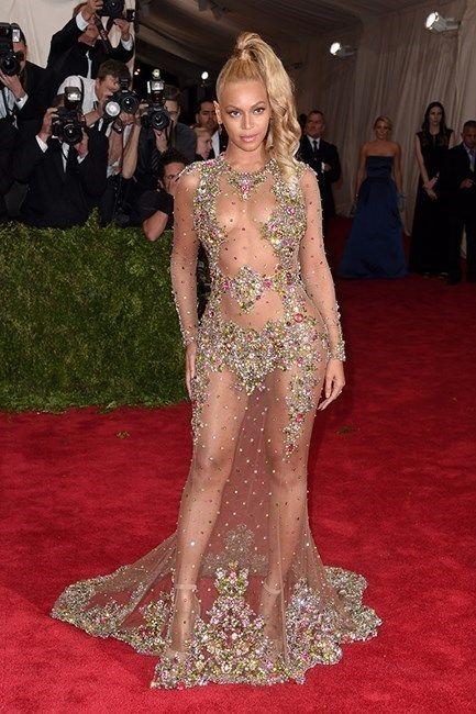 <p>¿Quién luce mejor un 'naked dress' que <strong>Beyonce</strong>?</p>