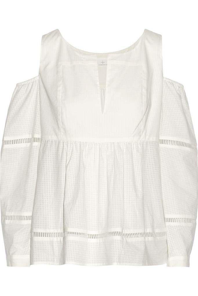 <p>Blusa de algodón y punto calado con hombros al aire de<strong>Thakoon Adittion,</strong>305 €.</p>