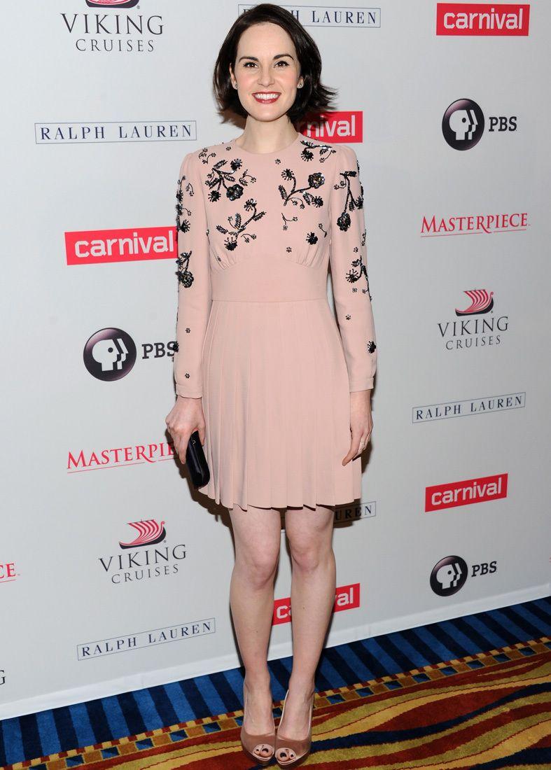 Amy Adams, oscura elegancia de Elie Saab