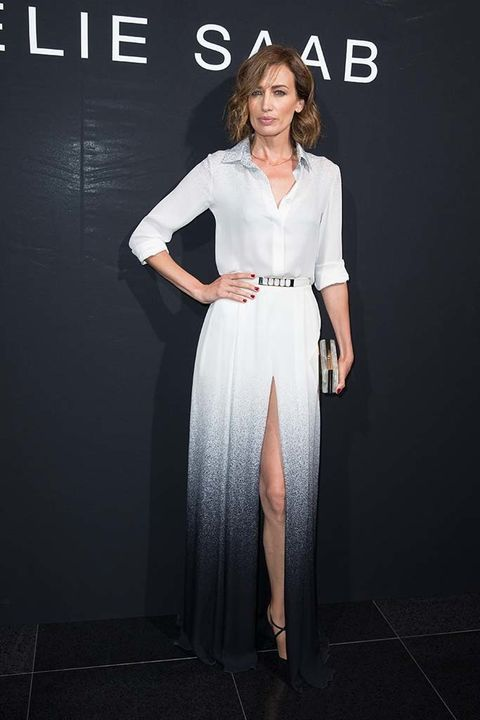 <p>La modelo&nbsp;<strong>Nieves Álvarez&nbsp;</strong>no ha faltado a la cita de Elie Saab y ha acudido con un elegante diseño en degradé.&nbsp;</p>