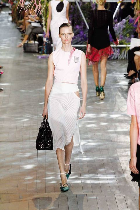 <p>Desfile:&nbsp;&nbsp;Christian Dior.&nbsp;<strong>Paris Fashion Week.</strong></p>